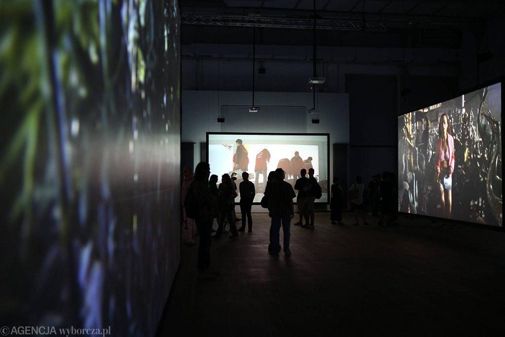 Wystawa Asylum Juliana Rosefeldta / Wystawa Asylum Juliana Rosefeldta/ Fot. Adam Stępień