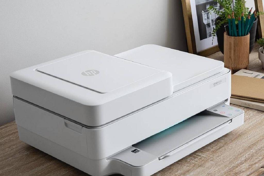 Te drukarki to bestsellery. Tanie i niezawodne modele, które polubili użytkownicy
