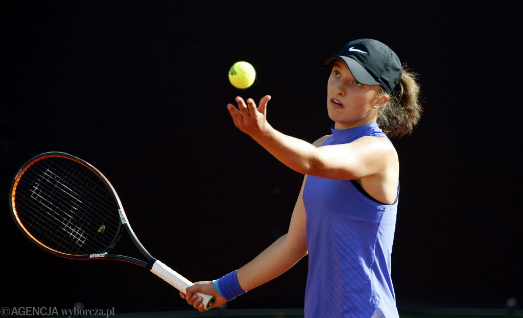 Iga Świątek wygrała juniorski Wimbledon