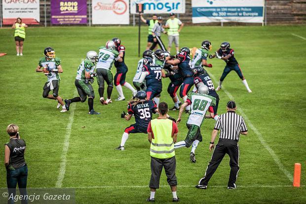 Futbol amerykański na stadionie Odry Opole [ZDJĘCIA]