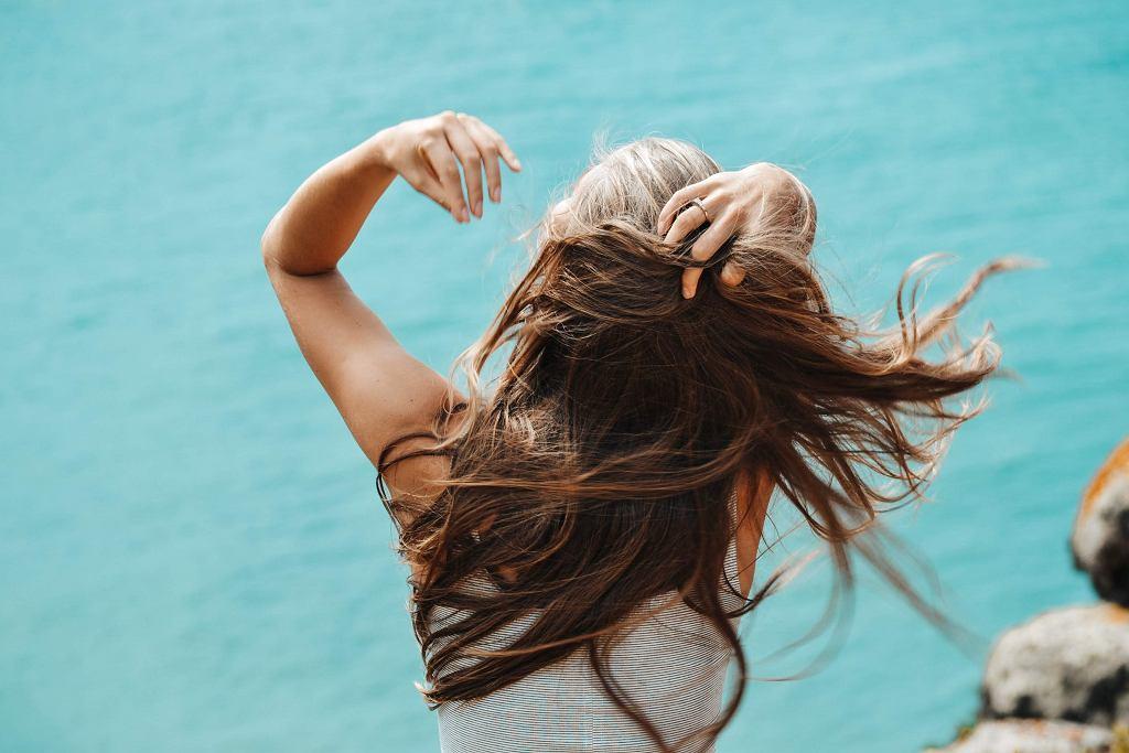Laminowanie włosów galaretką