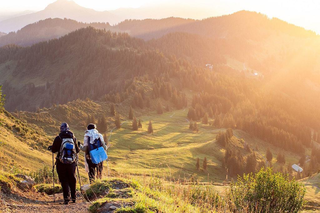 Gdzie na majówkę 2021? Najpiękniejsze trasy piesze na wycieczki w Polsce