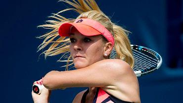 'Giń' <br> Agnieszka Radwańska posyła morderczą piłkę, minę i spojrzenie Sloane Stephens, Rogers Cup, sierpień 2013