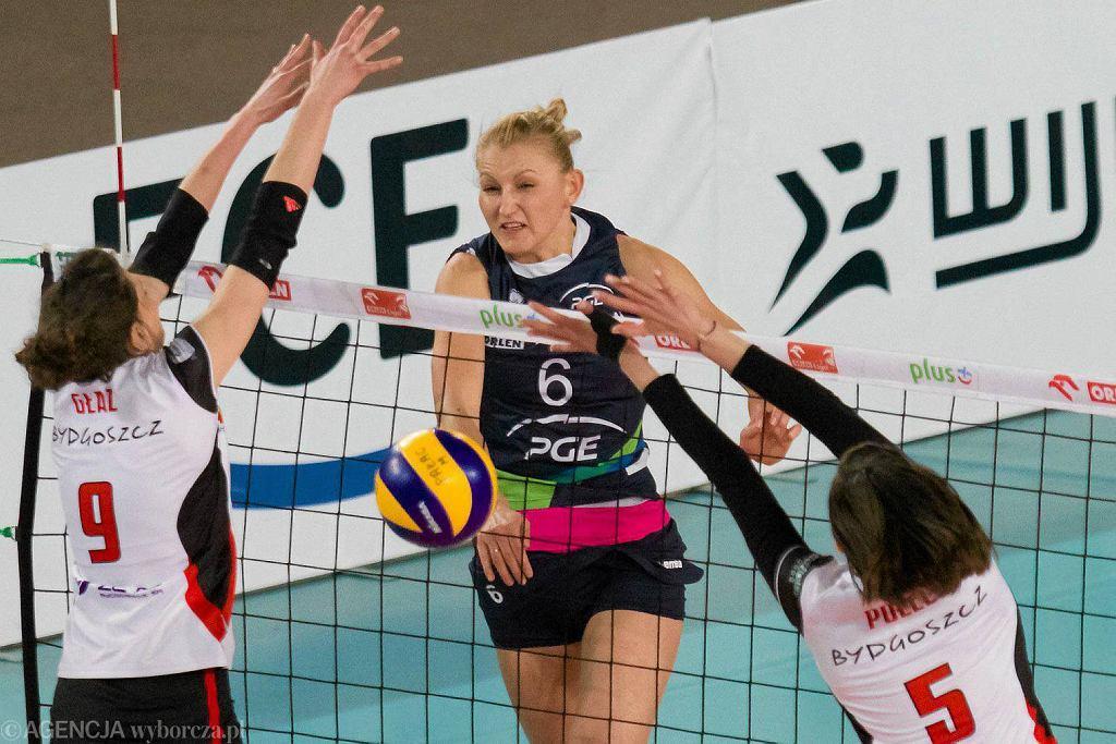 W ataku Anna Podolec