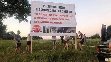 'Stop spalarni w Przewrotnem!'. Protest mieszkańców w gminie Głogów Małopolski
