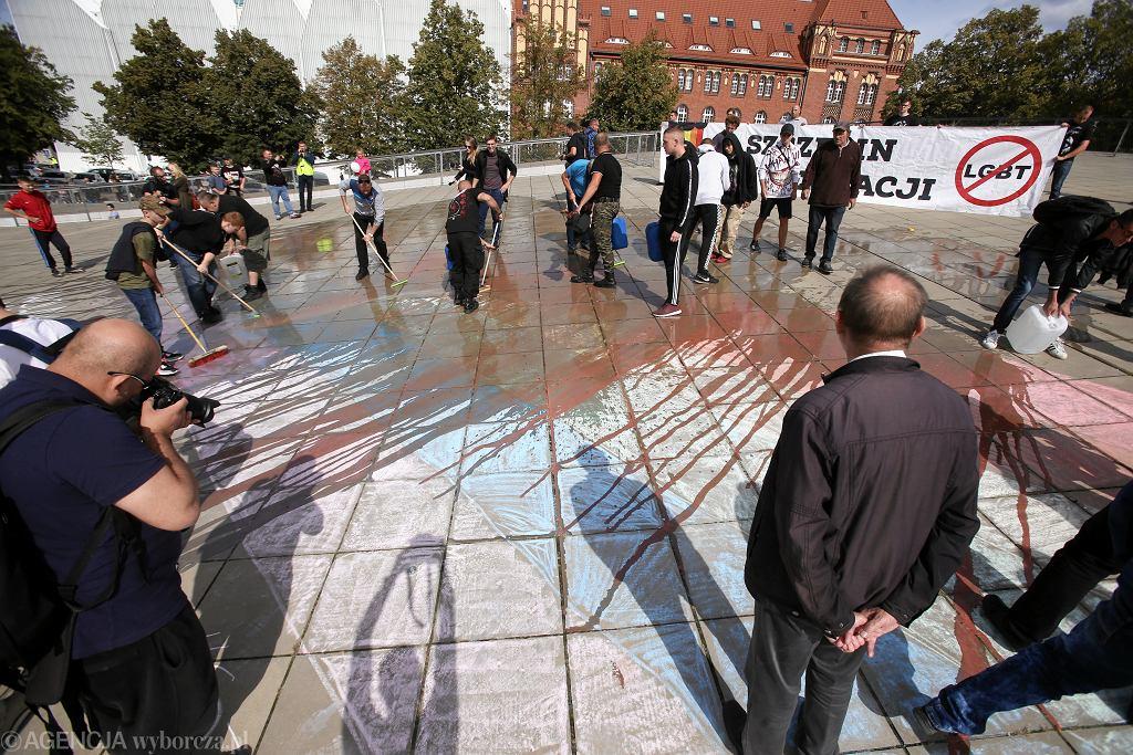 Kontrmanifestacja przeciwko Szczecińskiemu Marszowi Równości