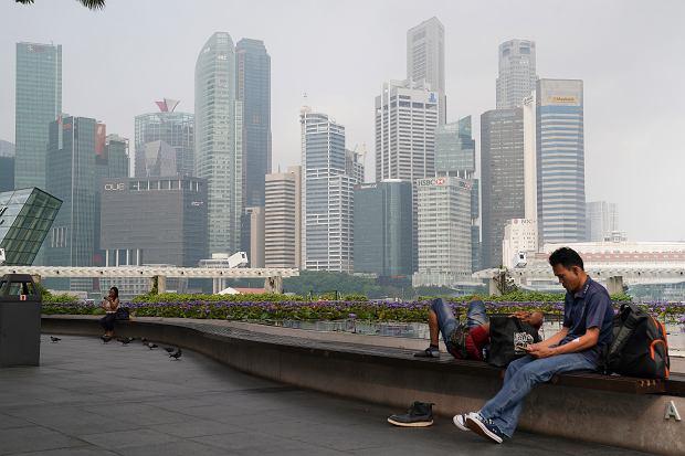 Singapur wprowadza zakaz fake newsów. Nawet 10 lat więzienia i setki tysięcy dolarów kary