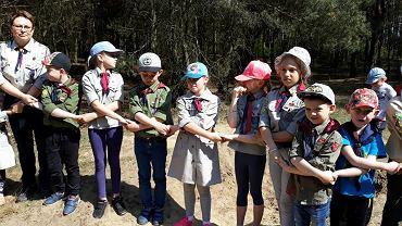 Rajd wiosenny dzieci z Centrum Wsparcia Świetlic Podwórkowych w Śremie