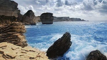 Bonifacio, Korsyka plaże / Shutterstock