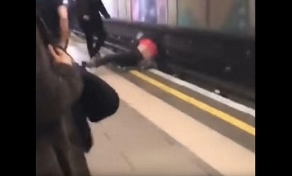 Dwóch Polaków spadło na tory w londyńskim metrze