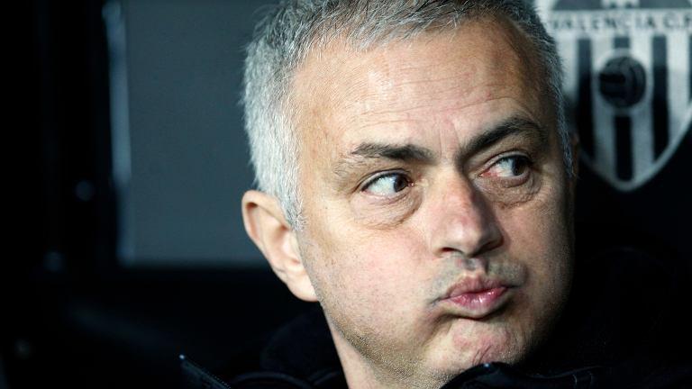 Soccer Man United Mourinho Out