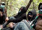 """Operator 112 odmówił przyjęcia zgłoszenia o wyziębionych nastolatkach z Konga. """"Nie ma znaczenia, czy umiera, czy nie umiera"""" [NAGRANIE]"""