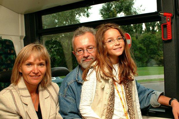 Karolina Sawka z rodzicami