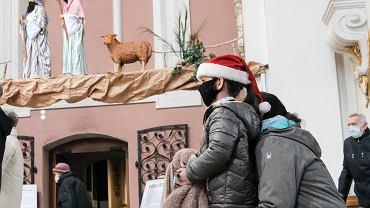 Boże Narodzenie 2020. Największy w Europie żłóbek w kościele franciszkanów przy pl. Bernardyńskim w Poznaniu