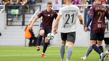Kacper Kozłowski najdroższym graczem w ekstraklasie. Jest droższy niż cztery kluby