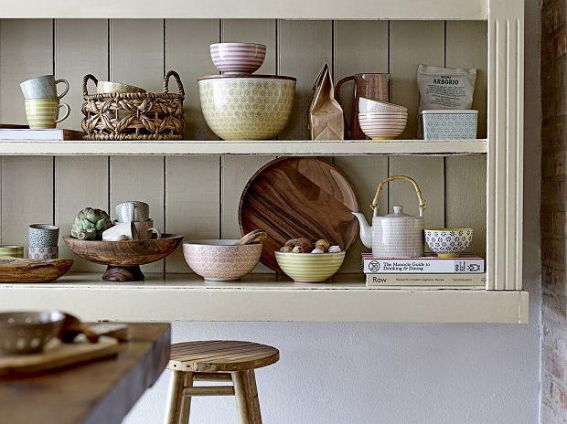 Rustykalne naczynia - wprowadź sielski klimat do swojej kuchni