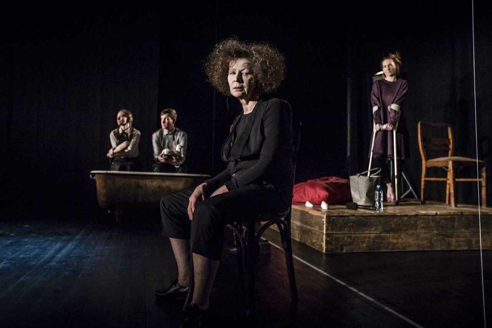 'Wracaj' w reż. Anny Augustynowicz w Teatrze Powszechnym