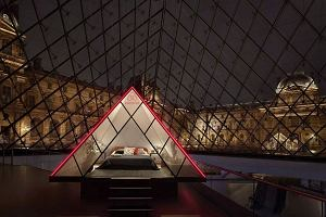 Cała noc spędzona samotnie w muzeum w Luwrze? Teraz jest to możliwe dla każdego