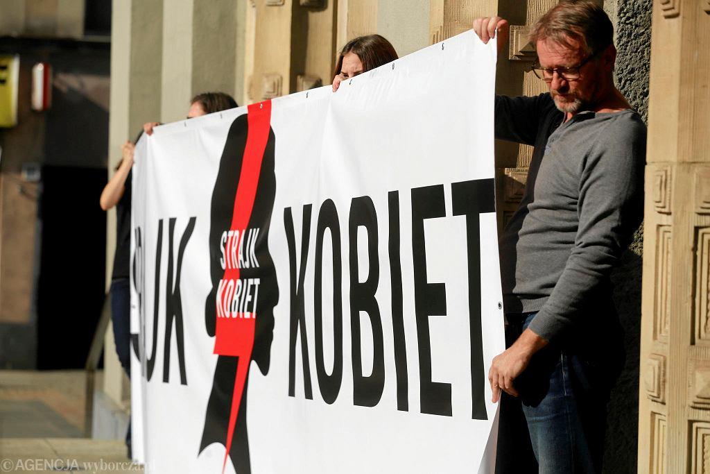 Katowice, 2 lipca 2018. Ogólnopolski Strajk Kobiet zorganizował protest na rynku.