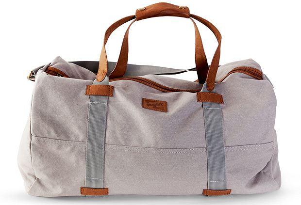 Styl: co nosimy tego lata, styl, moda męska, Z kolekcji Springfield torba - cena: 99 zł, springfield
