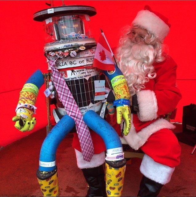 HitchBOT - robot, który autostopem zwiedzał świat