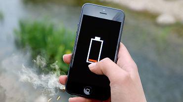 Ładujesz swój smartfon codziennie? Baterie to pięta achillesowa nowych technologii [PODCAST]