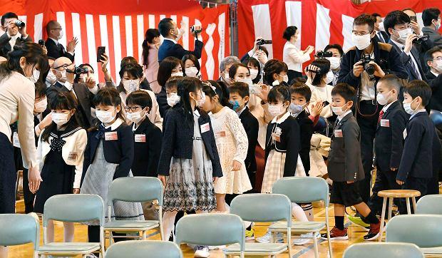 Zagadka niebywale niskiej śmiertelności w Japonii. W czasach hiszpanki było podobnie