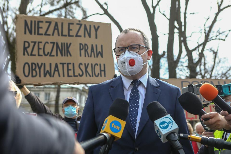 12.04.2021 Warszawa, Adam Bodnar podczas konferencji przed rozprawą w Trybunale Konstytucyjnym