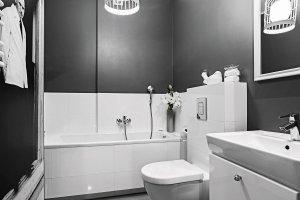 Łazienka: farby i płytki