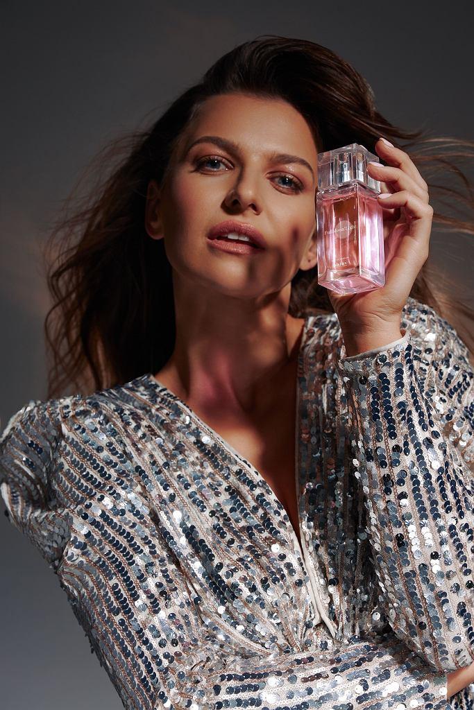 Anna Lewandowska - perfumy Phlov
