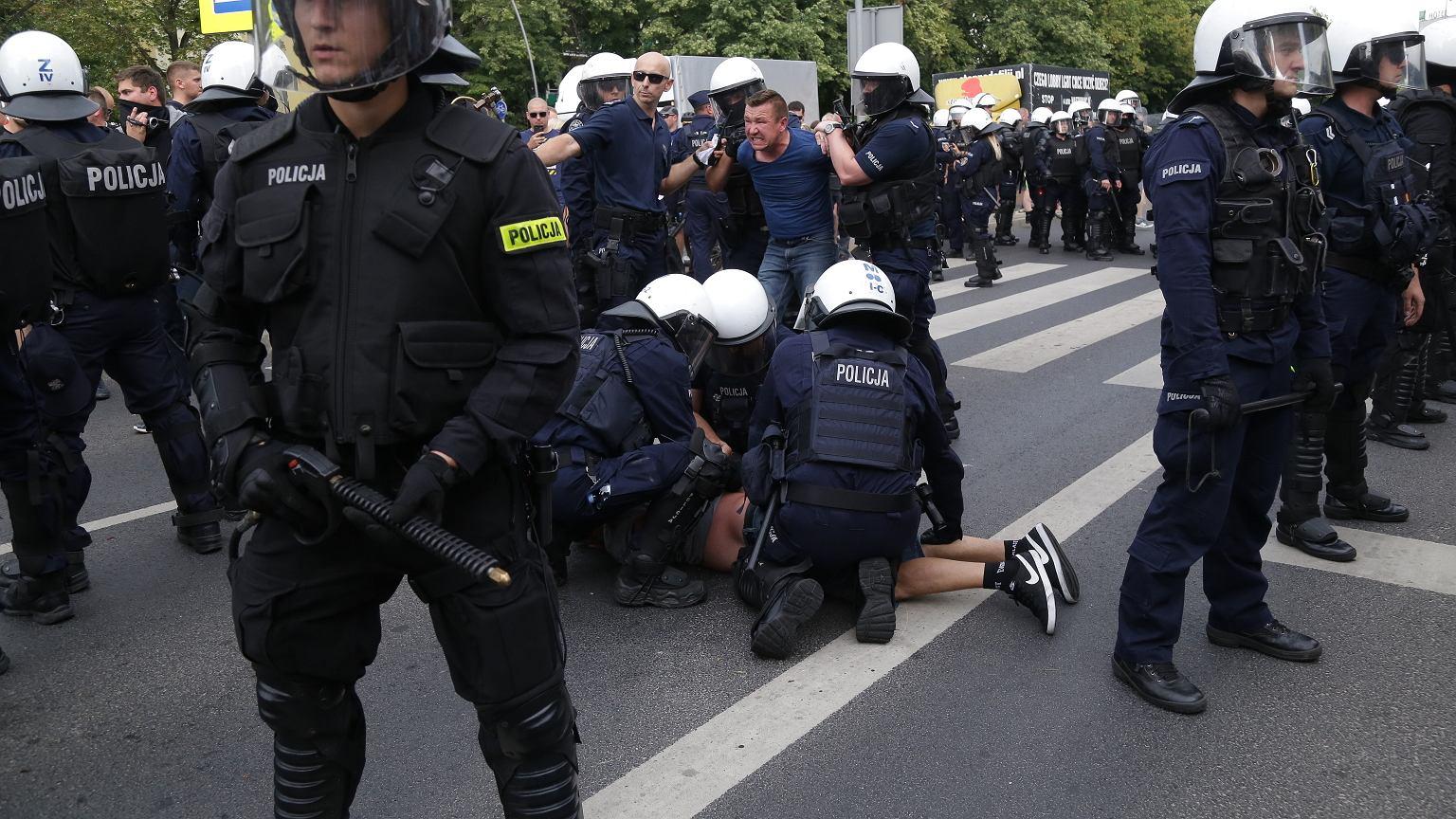 Zamieszki podczas I Marszu Równości w Białymstoku