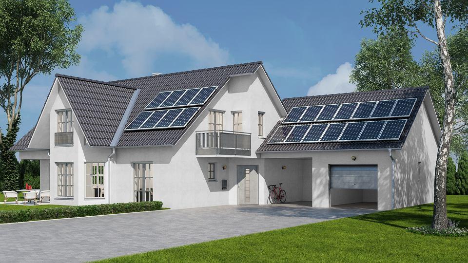 Orientacja budynku, kształt dachu i jego kąt to ważne aspekty przy planowaniu fotowoltaiki