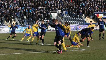 6 kwietnia 2013 - Zawisza grał po raz 34. z Arką Gdynia. Na boisku w Bydgoszczy padł remis 0:0