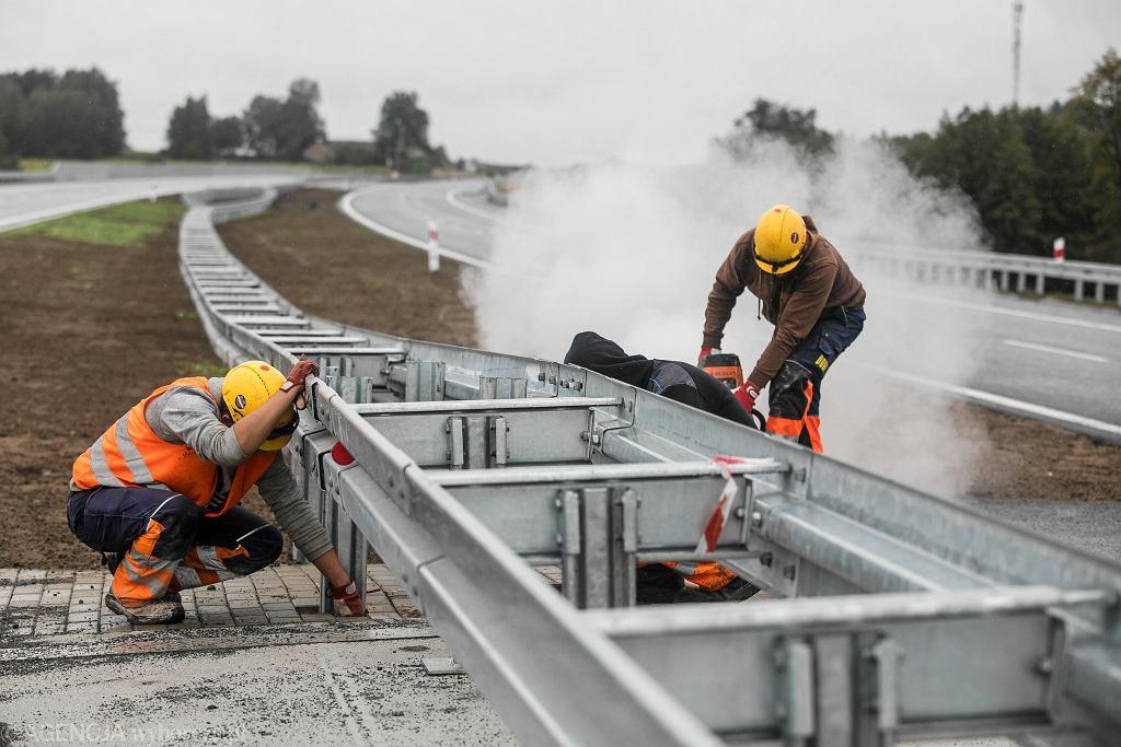 Koszty pracy w Polsce rosną. Zdjęcie ilustracyjne.