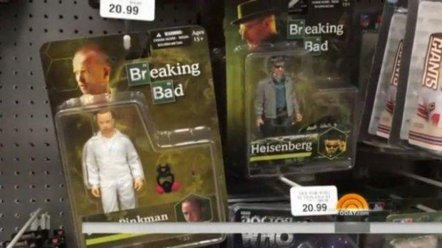"""Lalki przedstawiające bohaterów """"Breaking Bad"""" w sklepie z zabawkami. Metamfetamina w komplecie"""