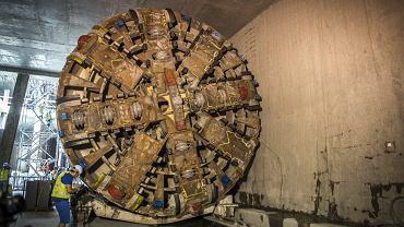 Jedna z tarcz TBM drążących tunele II linii metra na Targówku