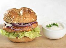 Burger z łososia - ugotuj