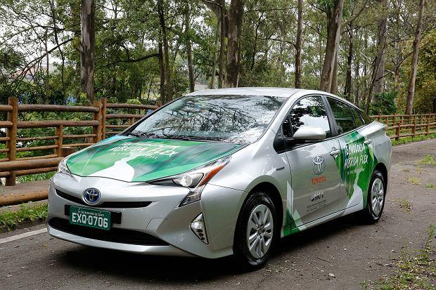 Toyota stworzyła hybrydę zasilaną etanolem