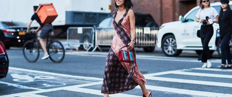 Najpiękniejsze sukienki Bonprix na wyprzedaży. Te modele są pięknie, a teraz za bezcen!