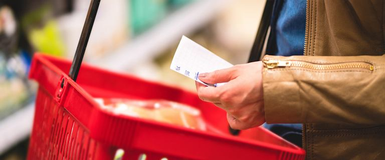 Coraz więcej Polaków nie chce zakazu handlu w niedzielę
