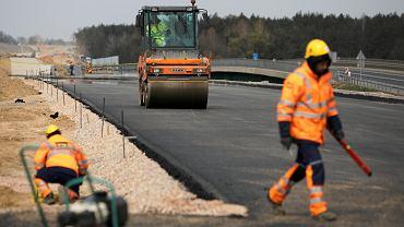 Ponad 35,5 mld zł rząd PiS chce wydać na poszerzenie o dodatkowy pas autostrady A4 od Krzyżowej do Tarnowa.