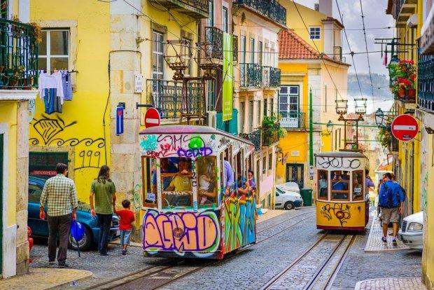 Lizbona. Madera. Azory. Trzy odsłony Portugalii na każdą porę roku