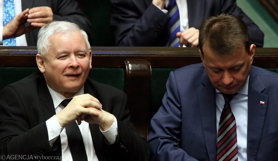 Jarosław Kaczyński i szef MSWiA Mariusz Błaszczak