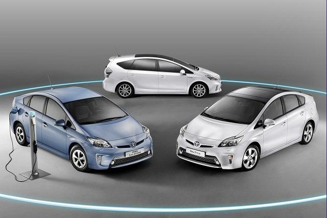 Toyota Prius, Prius Plug-in Hybrid i Prius Plus