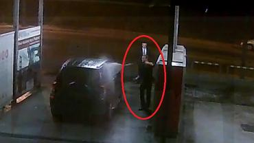 Andrzej Duda na myjni samochodowej