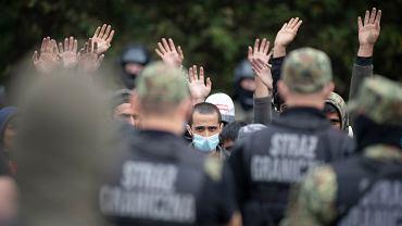 Migranci w pobliżu granicy polsko-białoruskiej