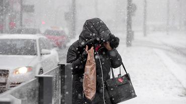 Nadciąga prawdziwie zimowa pogoda. Intensywne opady śniegu i -17 C w nocy