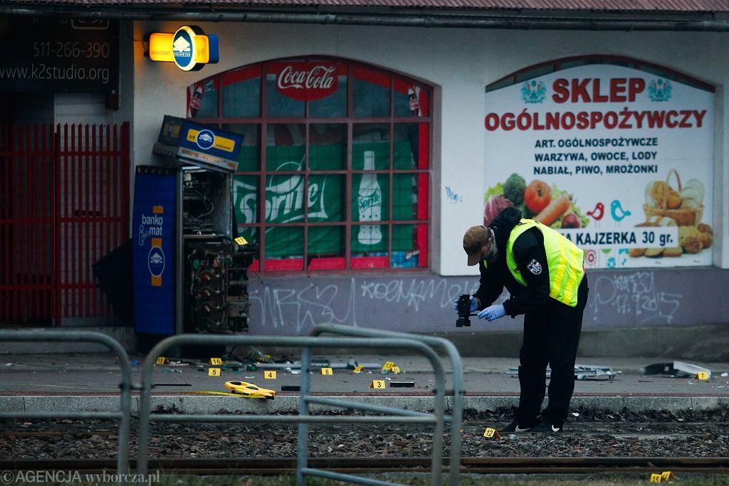 Kraków. Wysadzono bankomat na ul. Teligi