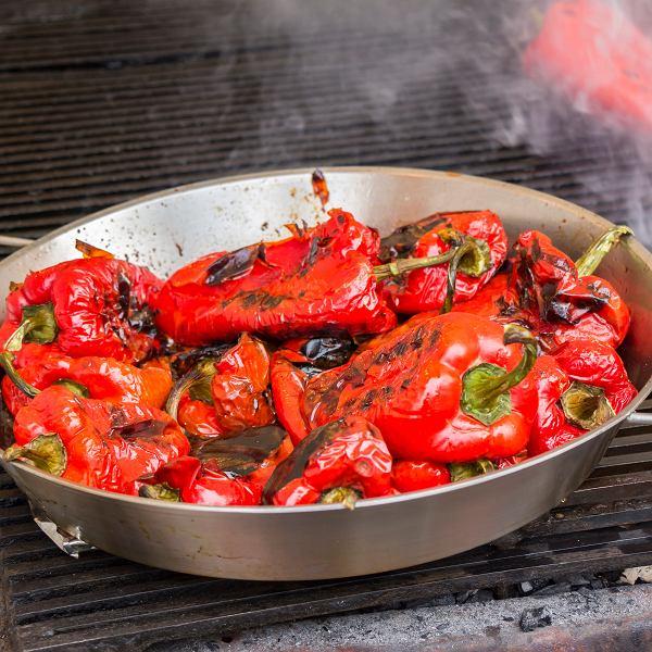 Paprykę wykorzystać można do przyrządzania zup, gulaszy i makaronów
