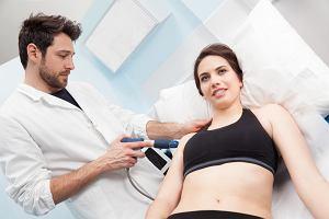 Terapia falami uderzeniowymi - na czym polega? Dla kogo jest wskazana?
